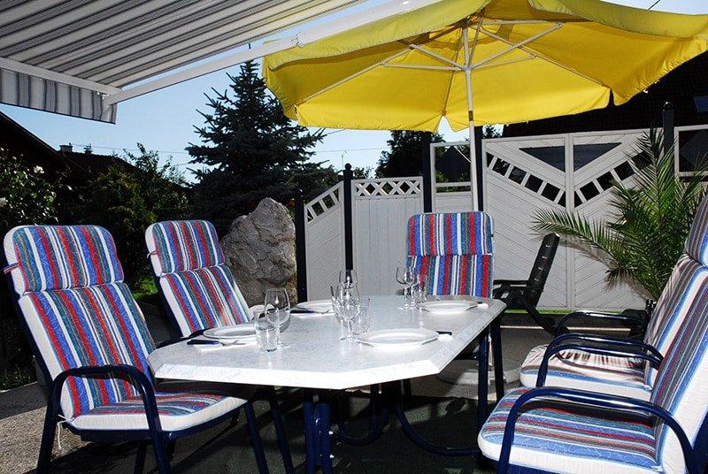 Sonnenschirm oder Markise - 10 Gründe für eine Markise